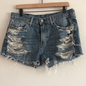 Levi's Distressed High Rise Denim Shorts Size 33